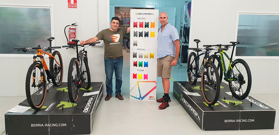 Why rent road bicycles with Papagayo Bike Mallorca